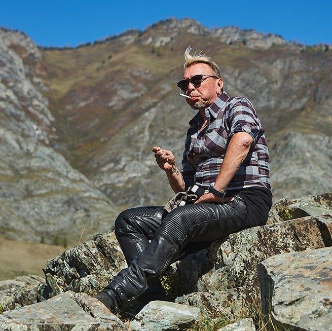 Гарик Сукачёв посвятил открытию мотосезона клип, снятый в Лондоне и на Алтае