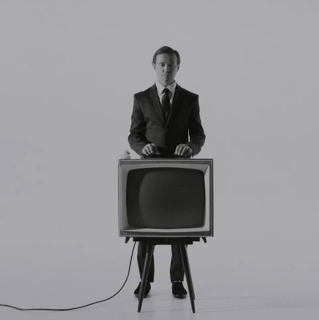 Дельфин выпустил клип на первую песню с нового альбома
