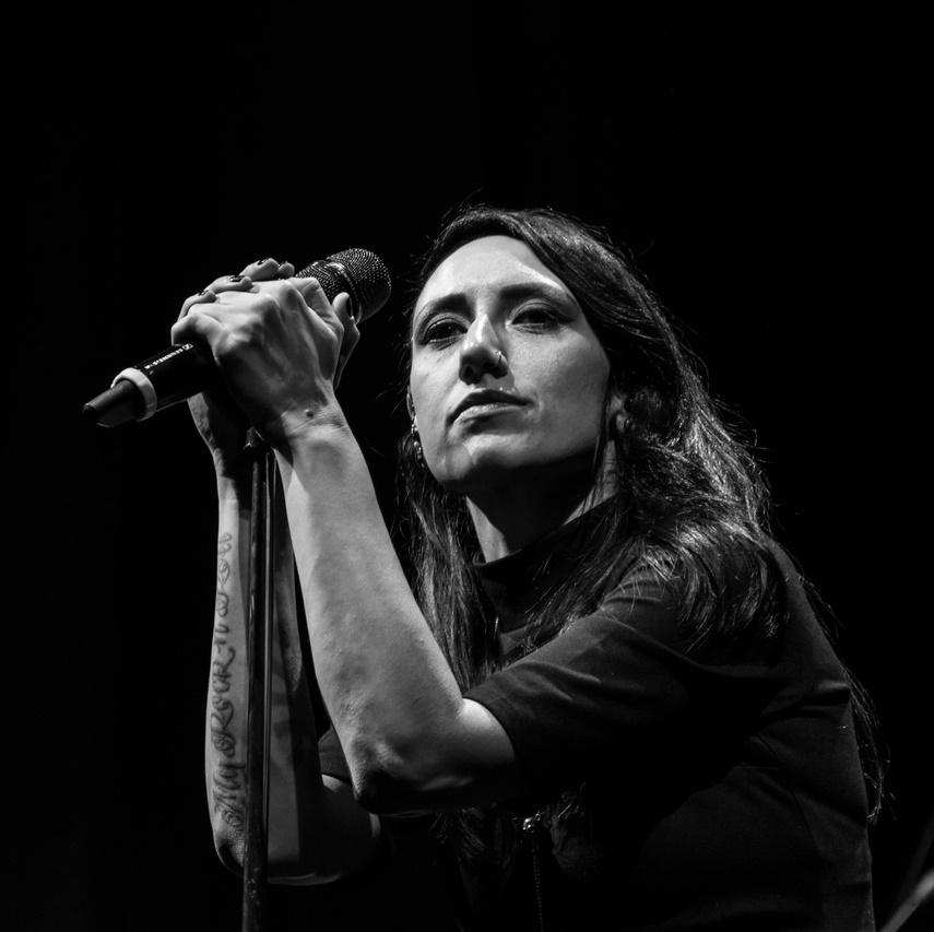 """Новый клип группы Louna: """"Вендетта"""" в акустике"""
