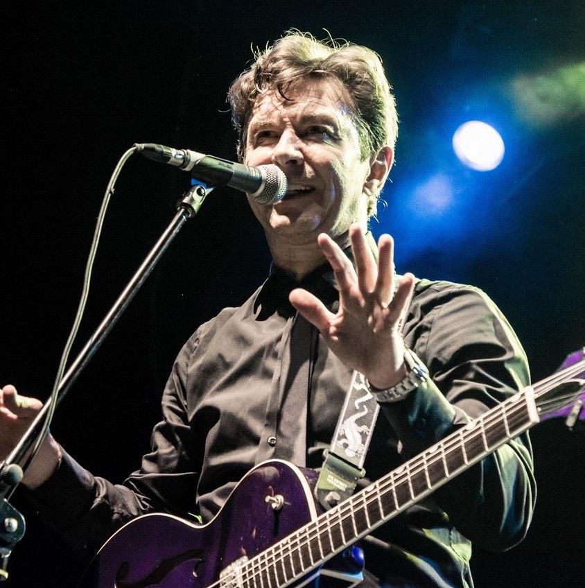 Валерий Сюткин сыграл свои лучшие песни на концерте в Москве. Фотоотчёт