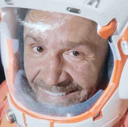 Ленинград снял клип про космические приключения под музыку Виктора Цоя