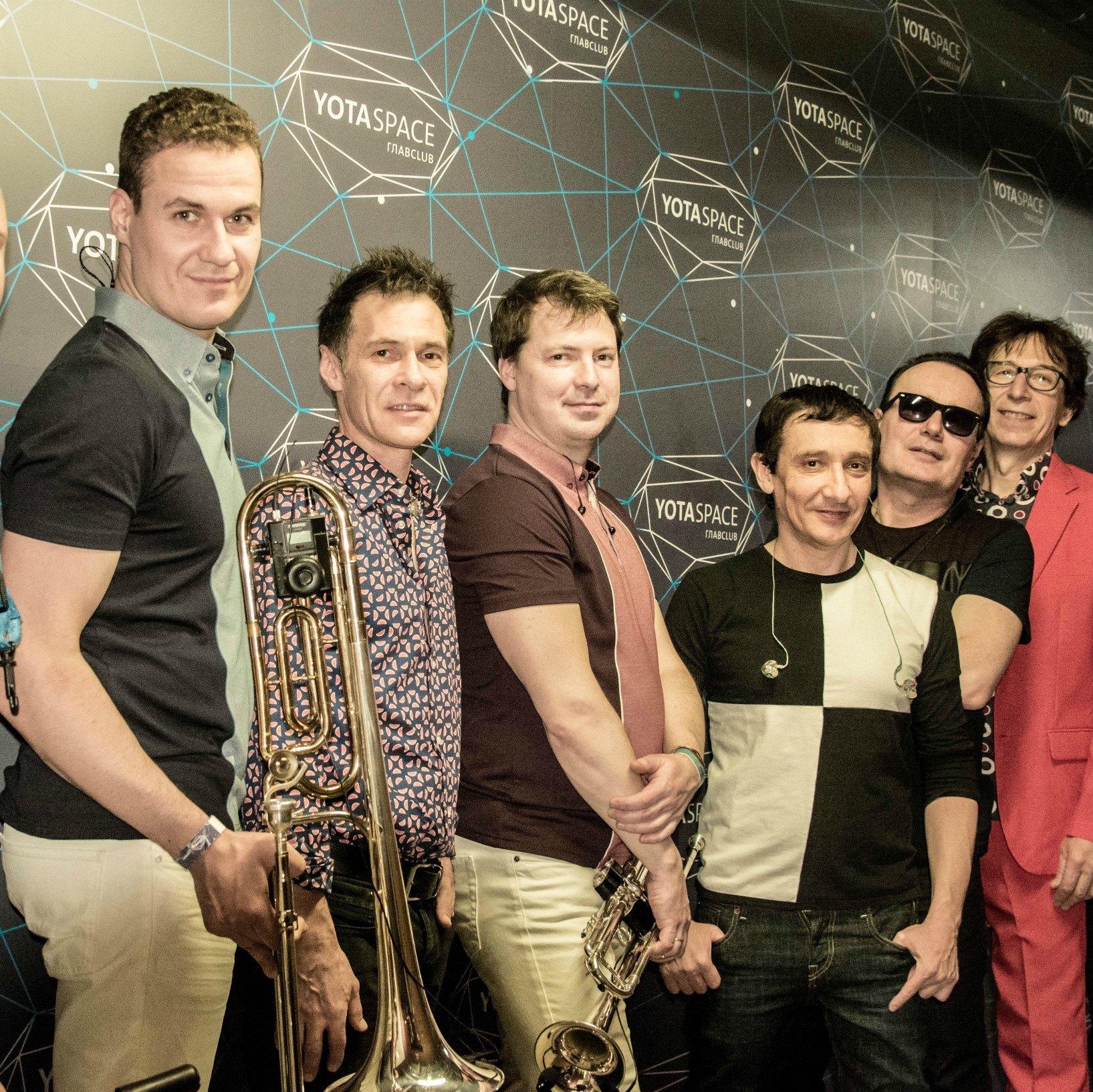 Группа Браво отметила выход авторизованной биографии большим концертом в Москве