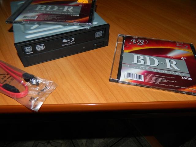 Долгое время покупал диски Blu-ray и не