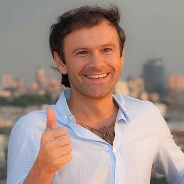 Святослав Вакарчук начал новый сольный проект