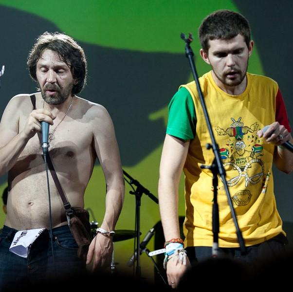 Сергей Шнуров и Noize MC устроят музыкальный поединок