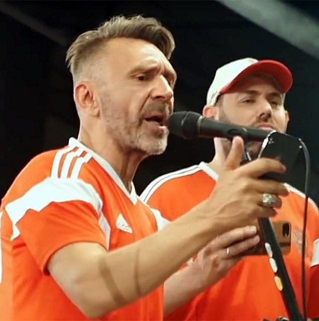 Ленинград и Семён Слепаков записали футбольный клип