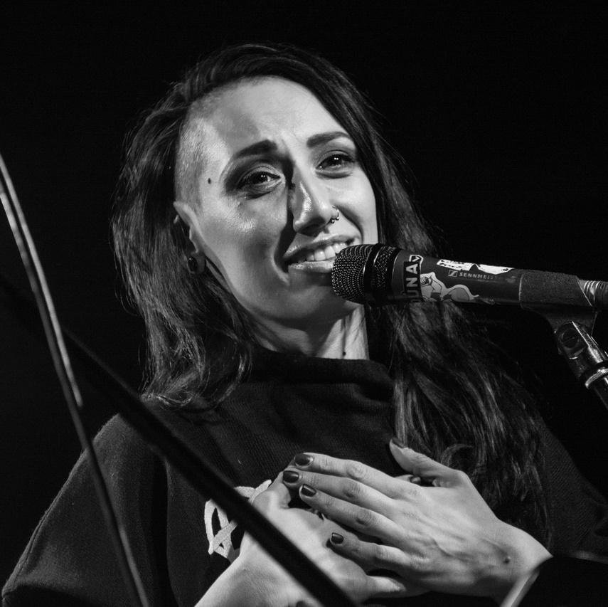 Лу, Мульт и Риша сыграли акустический концерт в Москве. Фотоотчёт