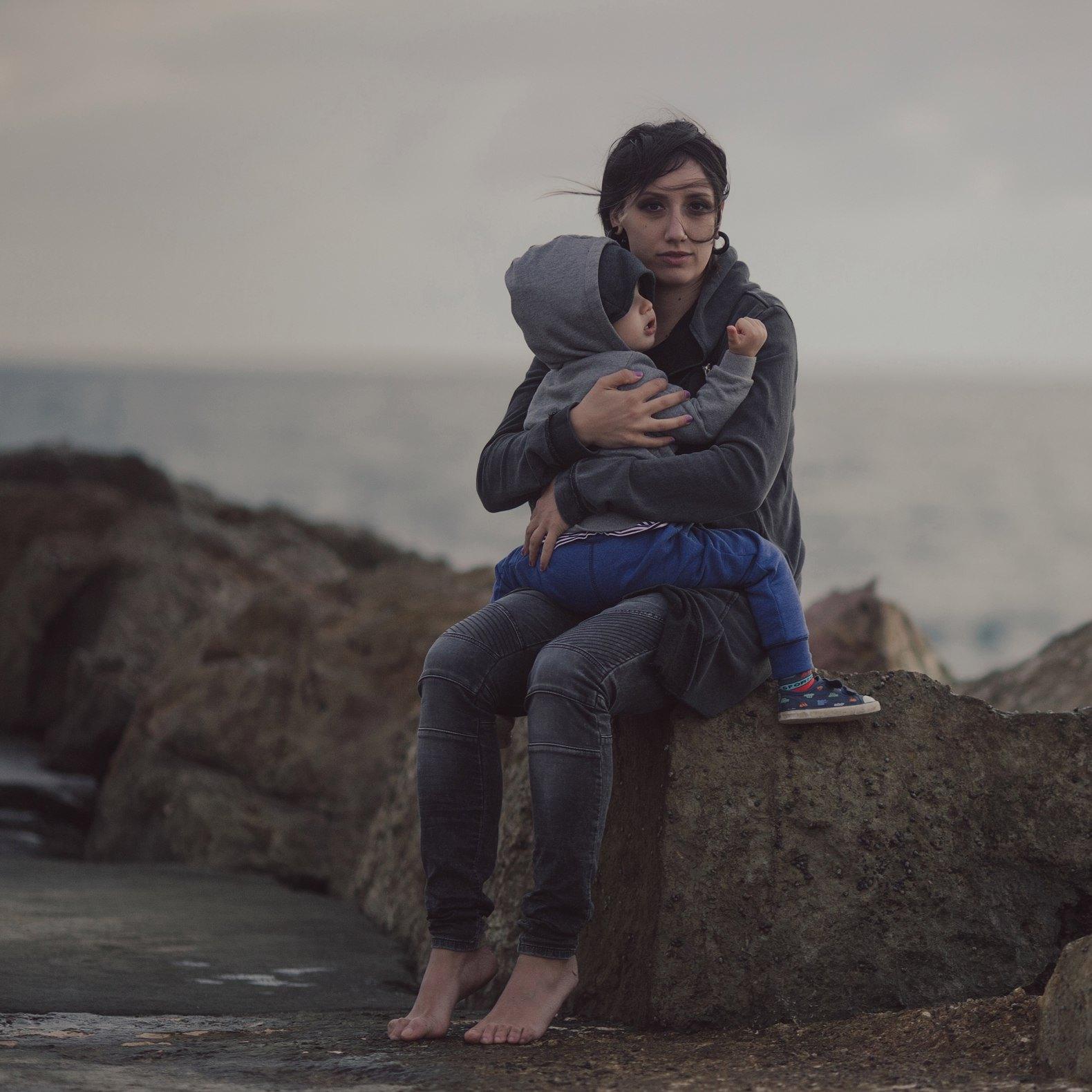 Louna сняла клип о взаимоотношениях маленького мальчика и его мамы-музыканта