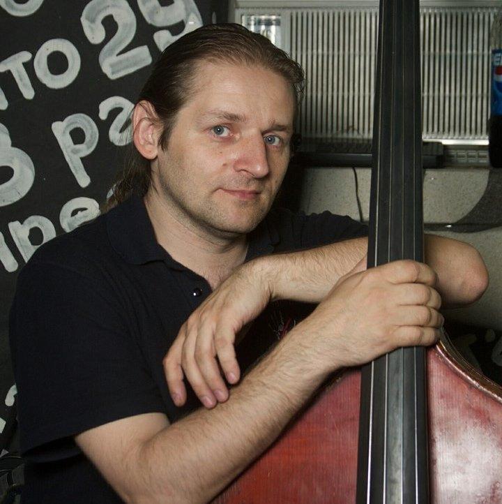 Скончался экс-музыкант группы Неприкасаемые Алексей Осташев