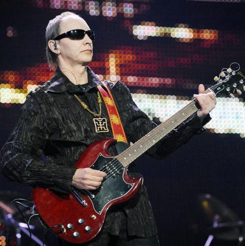 """В честь своего 35-летия Пикник выпустит юбилейный диск и сыграет на """"редких"""" инструментах"""