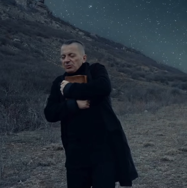 Вадим Самойлов снял клип о конфликте между мечтой и судьбой