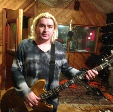 Экс-басист Короля и Шута работает над дебютным альбомом