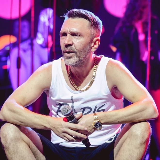 Леонид Агутин и ST в один день выпустили клипы с участием Сергея Шнурова