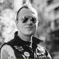 """Дмитрий """"Сид"""" Спирин сыграл все песни с альбомов """"Страх и ненависть"""" и """"Улица Свободы"""" на сольном концерте"""